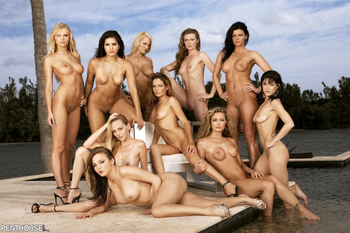 todas desnudas