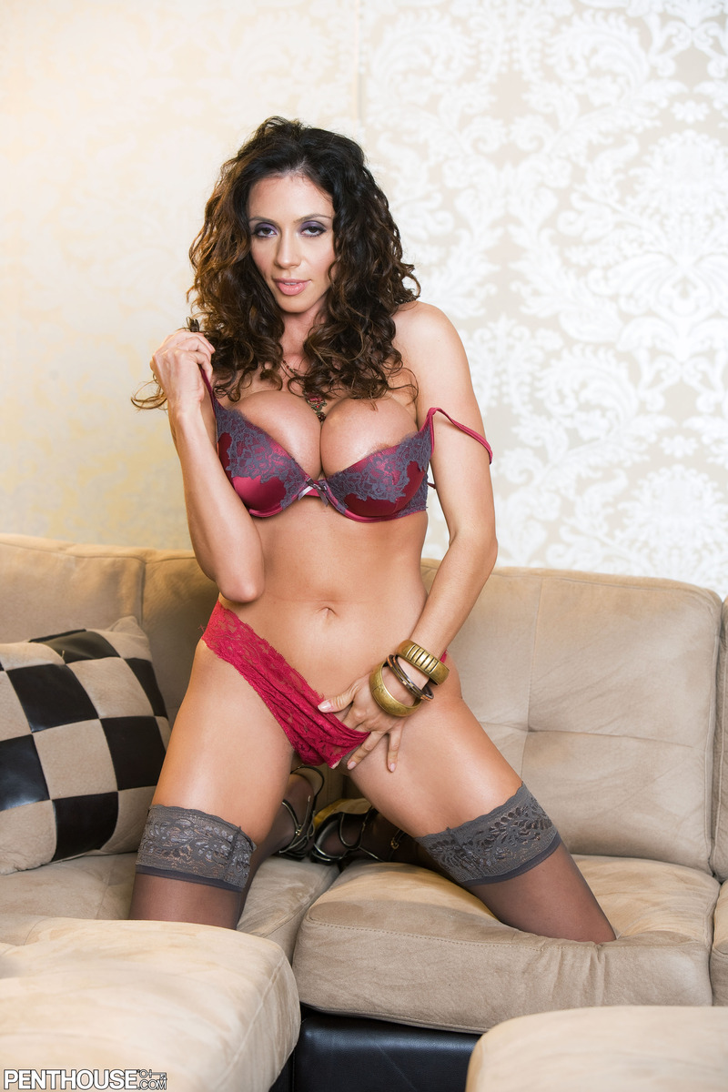 ariella ferrera by mar