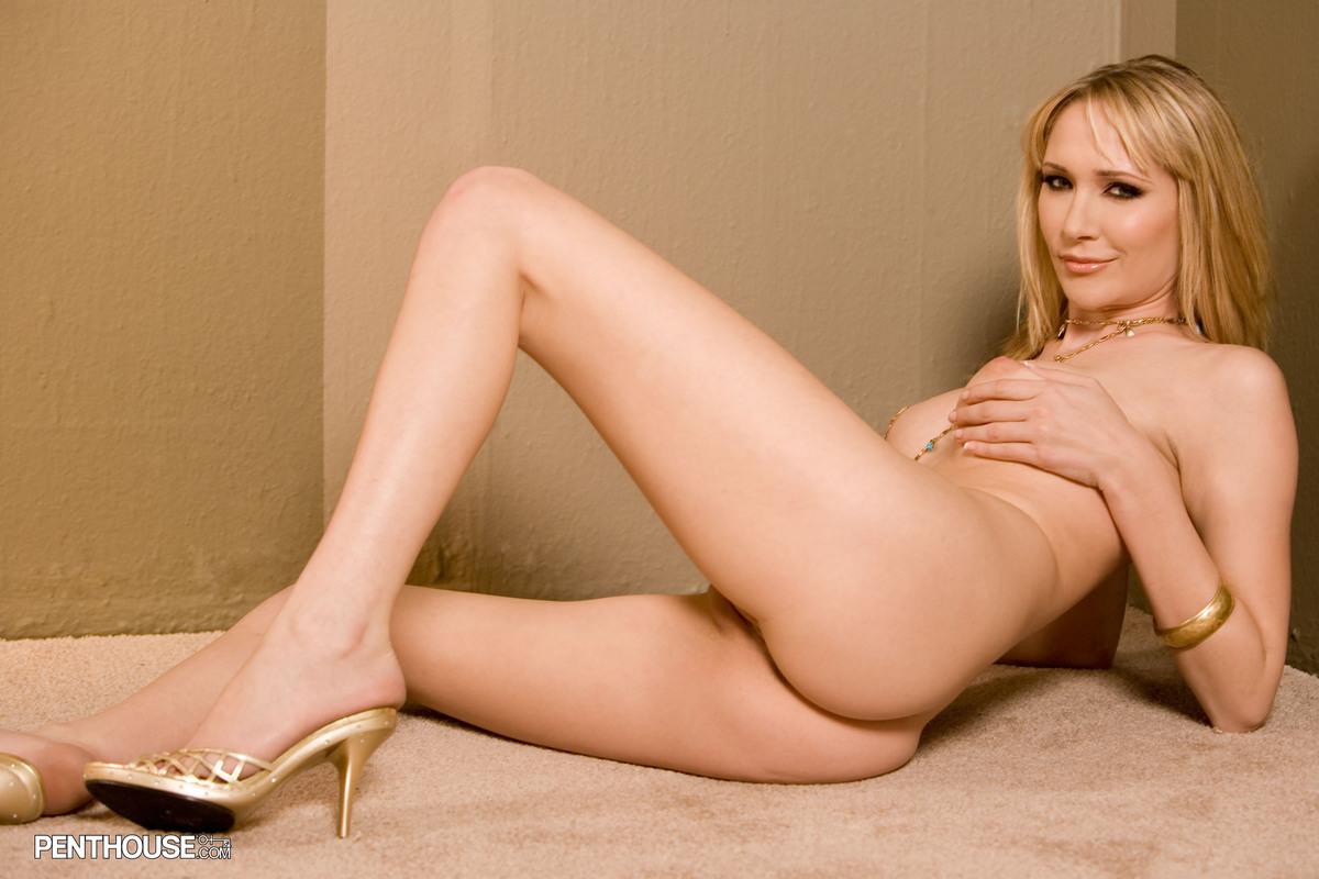 asian female nude ballrt