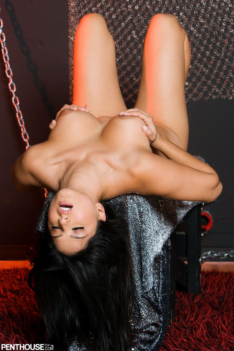 Sunny Leone follada boobs tetas